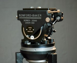 Ronford-Baker 2003 fluid head